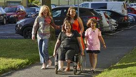 Amputace nohy, pak rakovina! Čtyřnásobná matka Jana z Mise nový domov bojuje sama s osudem