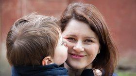 """Maláčová u zvýšení rodičáku """"vyměkla"""", pětina rodin ostrouhá. ČSSD u ANO neuspěla"""