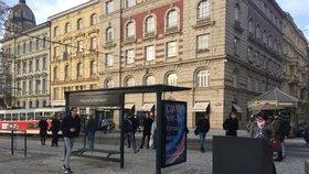 Praha do Bratislavy zapůjčí design svého mobiliáře. K využití bude zadarmo