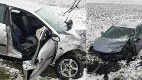 Příchod zimy si vyžádal první oběť: Po čelním střetu u Holic zemřela spolujezdkyně (†49)