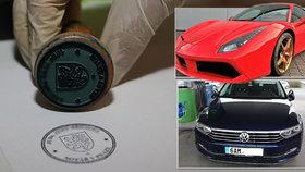 Podfukáři balamutili autosalony, získali luxusní káry za 14 milionů! Spadla klec, šestici chytla policie