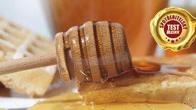 Blesk už počtvrté otestoval medy z obchodů: Zmizela z nich zakázaná antibiotika?