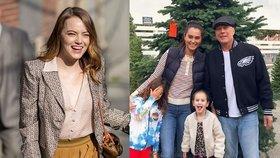 Advent u slavných: Emma Stone se zasnoubila, Bruce Willis trénuje u stromečku