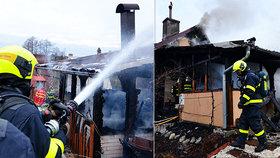 Tragédie nedaleko Ostravy: Při požáru chatky uhořel muž!