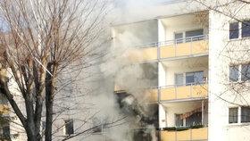 Výbuch paneláku: 1 mrtvý, 25 zraněných. Německá policie našla munici z války a plyn