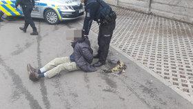 """Střelba v Čakovicích! Důchodce pálil z pistole: """"Občas to tak dělám,"""" řekl policistům"""