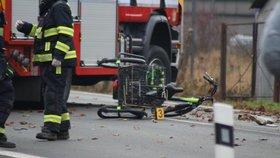 Tragédie v Uhříněvsi! Seniora s tříkolkou a pejskem srazilo auto, muž na místě zemřel