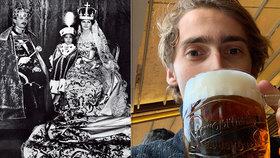 Pravnuk českého krále je v Praze. Sympaťák Habsburk si zašel na pivo a měl nehodu