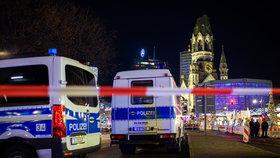 Policie uzavřela vánoční trhy v Berlíně, kde zemřela Češka. Našla podezřelý předmět
