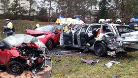 Smrtelná nehoda v Chrudimi: Jeden řidič zemřel, několik dalších je zraněno!