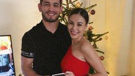 Vánoční překvapení u Moniky Bagárové: Budu máma! Oznámila zpěvačka a ukázala bříško