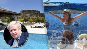 """Johnson vzal """"vydřičku"""" do Karibiku. Na Silvestra do luxusu za šlechtou letěli lacino"""