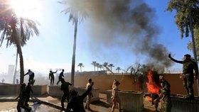 Napětí v Iráku stoupá: Do čtvrti vládních budov a ambasád padají rakety, šest zraněných