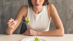 Máte nezdravý vztah k jídlu? Posedlost zvaná ortorexie je častější, než si myslíte