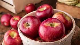 7 důvodů, proč jíst jablka! A proč je neloupat?
