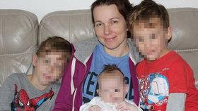 Máma třech dětí Naděžda je nezvěstná už rok. Manžel tvrdě kritizuje policii