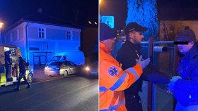 Dva opilci se váleli ve Strančicích na silnici: Přijela si pro ně policie, záchranka i táta