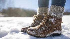 Nechcete si zničit zimní boty? Pak o ně musíte správně pečovat