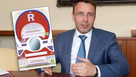 """Elektronické dálniční známky za 400 """"mega""""? Odborník cenu nechápe. Poslanec: Šílenost"""