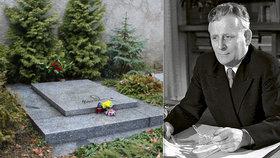 """Před 45 lety zemřel """"průměrný"""" prezident Antonín Novotný. Přežil koncentrák i výbuch ve Vysočanech"""