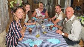 Záchvat během večeře v Prostřenu: Hostitel všechny vyrazí od stolu!