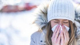 Se zimní alergií může pomoci otužování. Ideální je začít na jaře!