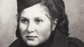 Věra Biněvská-Holuběva: Ve čtrnácti nastoupila do armády, její sestra přežila boje v Nízkých Tatrách