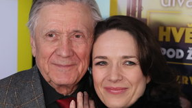 Otec a dcera Kostkovi na jednom jevišti: Hrátky pod věží!