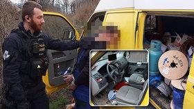 Plynová bomba na kolech: Pražští policisté naháněli řidiče dodávky s nebezpečným nákladem