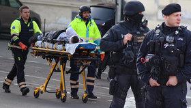 VIDEO: U hlavního nádraží se střílelo! Muž (40) vyběhl s pistolí proti policistům