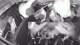 Děsivé video z havarovaného autobusu: Děti v něm lítají jako hadrové panenky, situaci zachránil řidič (74)