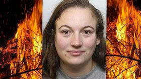 Pyromanka (25) měla sex s důchodci, pak jim podpalovala domy. Zavřeli ji za žhářství