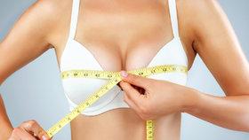 Jak si zvětšit prsa přirozenou cestou? Máme pro vás několik tipů!