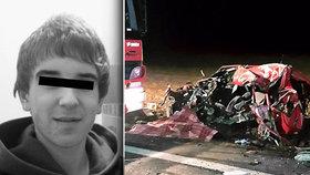 Neměl šanci přežít. Erik (†23) čelně narazil do kamionu, ze Škody zbyly jen trosky