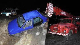 """Opilec havaroval s autem do příkopu: """"Zachránit"""" situaci zkoušel jeřábem!"""