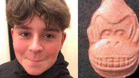 Chlapec (†13) zemřel na předávkování silnou extází: Koupil ji na internetu!