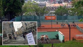Domov pro seniory namísto tenisových kurtů: Radnice Prahy 2 už připravuje projekt