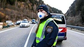 První nakažený policista v Česku: Koronavirus má příslušník z Olomouckého kraje