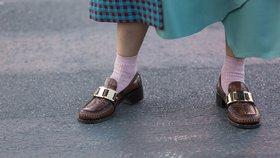 Které boty na jaře nikdy nezklamou? Mokasíny! Jaké si pořídit?