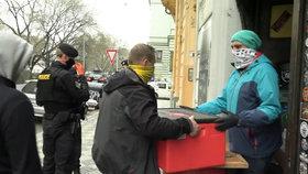 Pouliční prodej v Praze? Město chce obchodníkům zdarma poskytnout chodníky, aby mohli nabízet své zboží