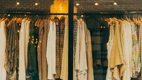 Jaké zvolit materiály při obnově šatníku a jak o ně pečovat?