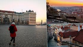 FOTOGALERIE: Mrazivé kouzlo spícího města. Podívejte se, jak vypadá Praha bez lidí