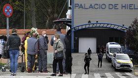 Mrtvé není kam dávat, zoufají Španělé. Těla končí i na kluzišti v obchoďáku
