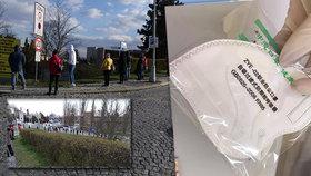Šílená situace u výdeje respirátorů v Olomouci: Fronta 2 kilometry, sestřičky se třásly zimou