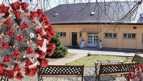 Seniorka z domova důchodců u Havlíčkova Brodu zemřela. Armáda tu pomáhat nechce