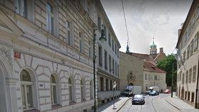 Komplikace na Malé Straně: Letenskou ulici uzavřou, řidiči budou muset místo objíždět