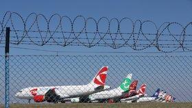 Koronavirová krize utlumila provoz pražského letiště: Za půl roku odbavilo 2,5 milionu lidí