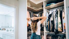 Jak efektivně vytřídit šatník a vydělat na oblečení, které už nenosíte?