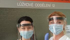 Kupte zdravotníkům ochranný štít: Za 75 korun! Tisknou je nadšenci v Brně
