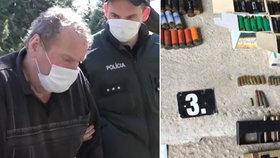 Důchodce vzal na bratra kulovnici kvůli nenasazené roušce: Hrozil mu smrtí!